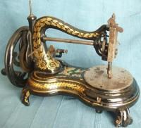 eski dikiş makinesi renkli